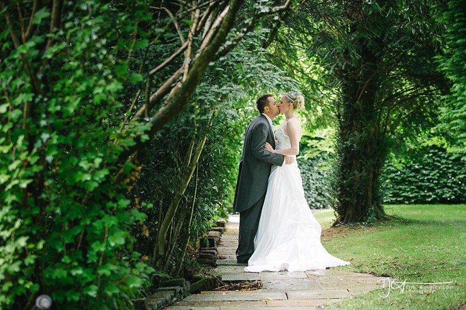 Samlesbury Hall Wedding - Kim & Carl-096