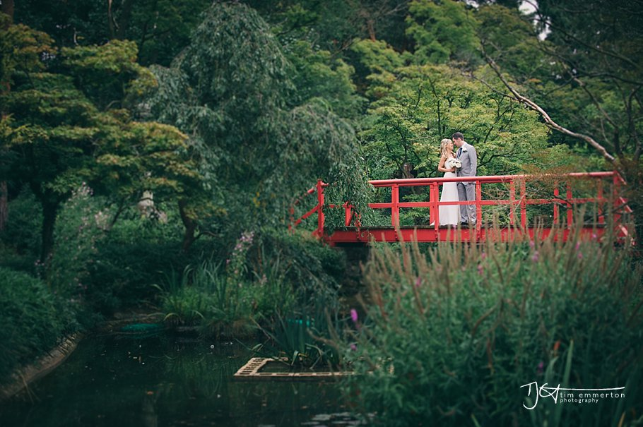 Wedding-Photographer-Fanhams-Hall-Hotel-Hertfordshire-085.jpg