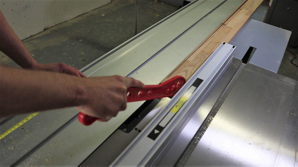 Measure 45 mm and make the first straight cut.