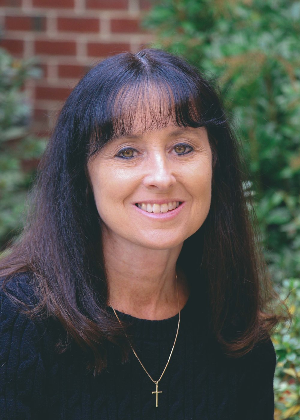 LISA BARTON / Receptionist - lbarton@bonsackbaptist.org