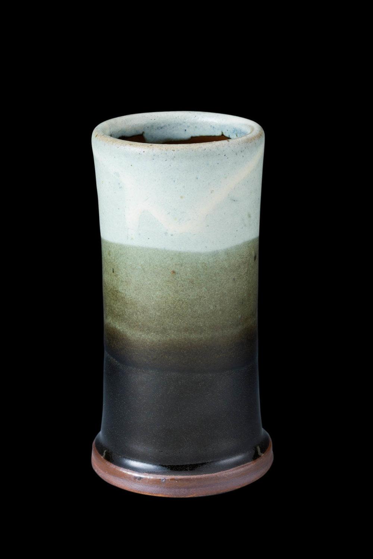 shinsaku small vase.jpg