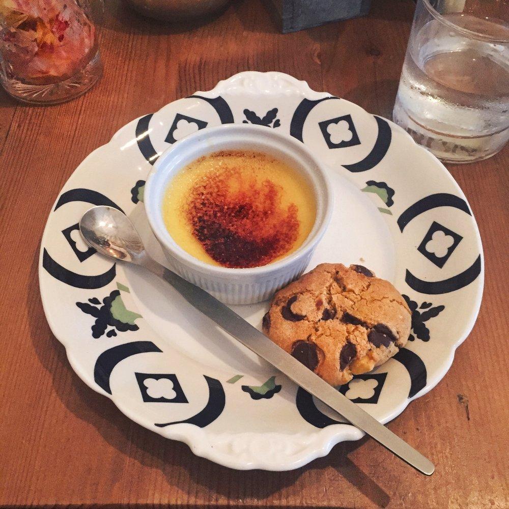 Crème Brûlée and Chocolate Chip Cookie