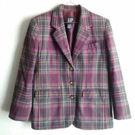 plaid blazer.jpg