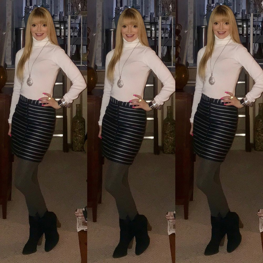 Bought these navy blue booties last winter from Shoedazzle to specifically pair with this a-line skirt from The Limited final sale. I  had a hard time finding a good replica of the skirt, but these marled tights are still available and so many cute navy booties linked up!