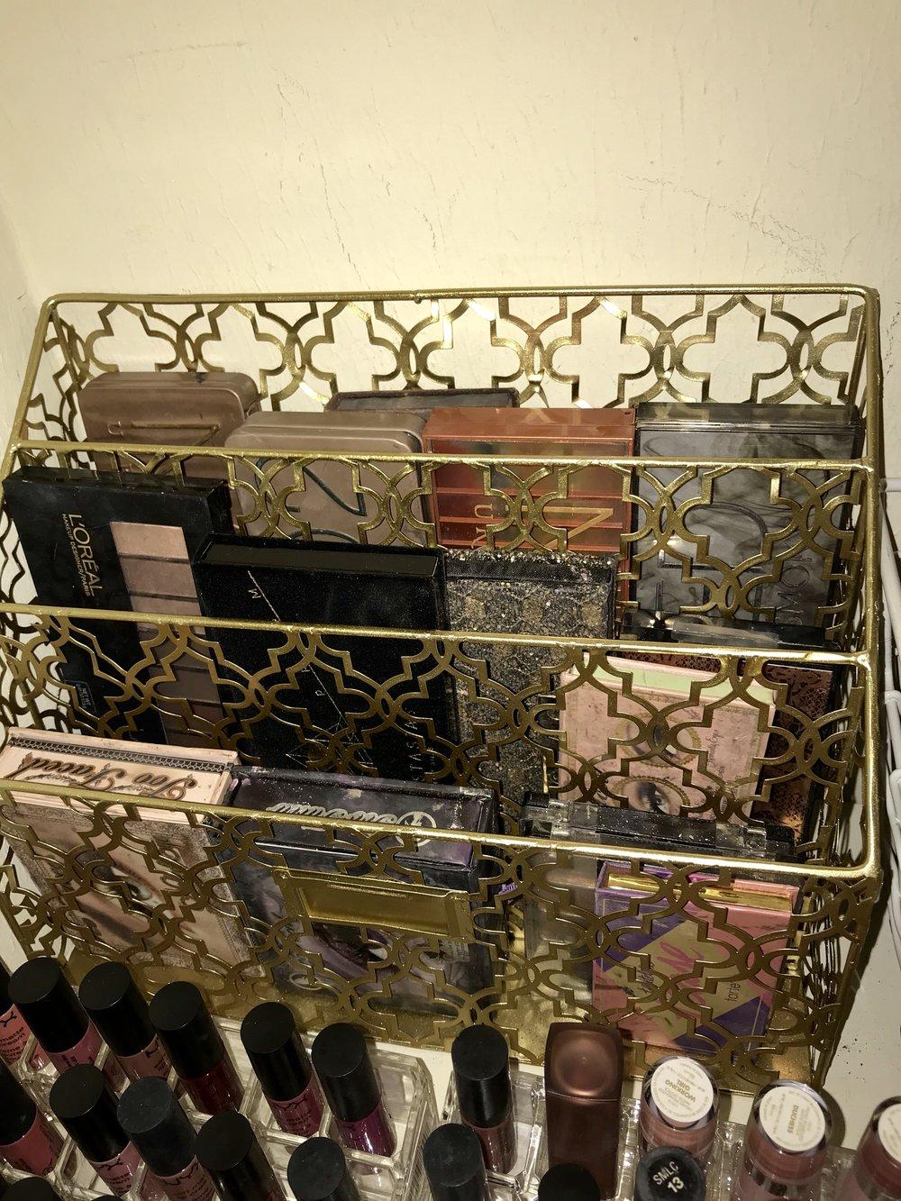 More eyeshadow storage