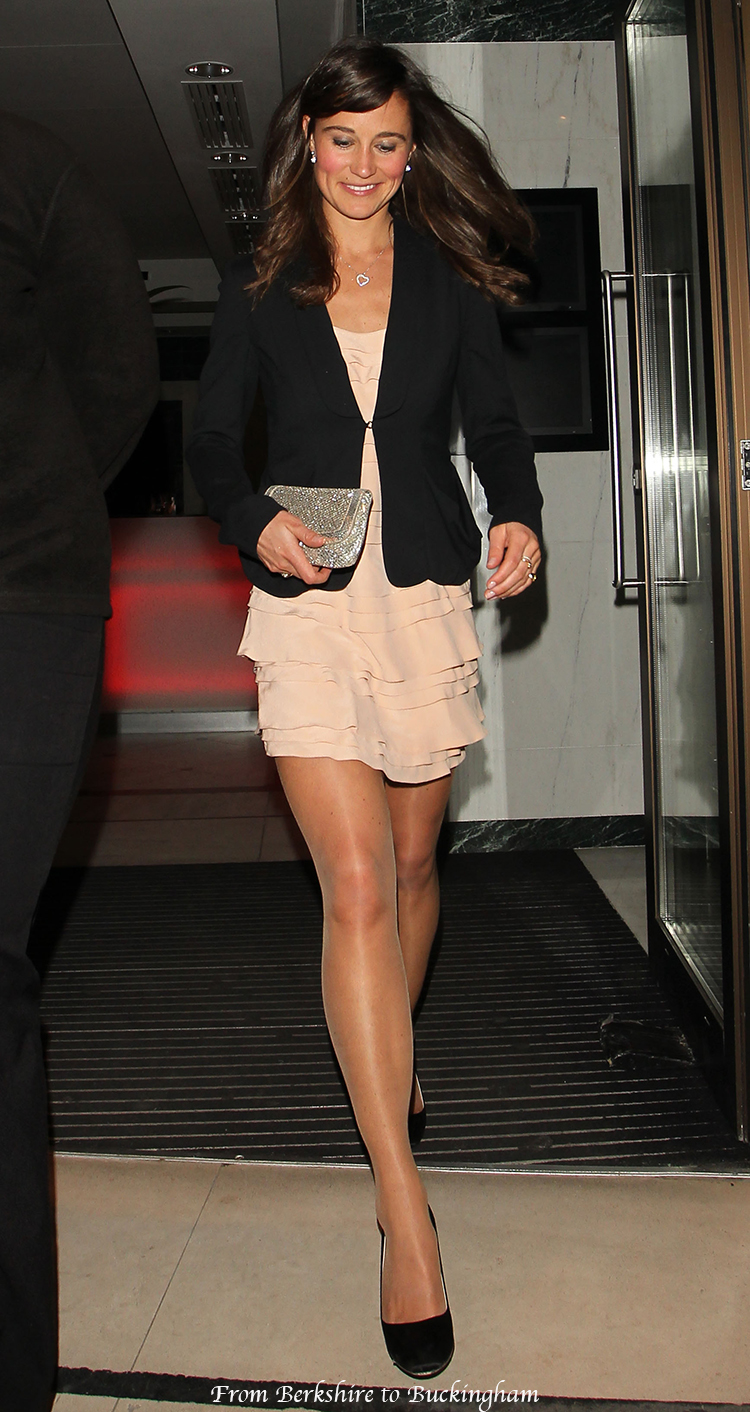 Pippa Middletone, Kate's sister, wearing pantyhose