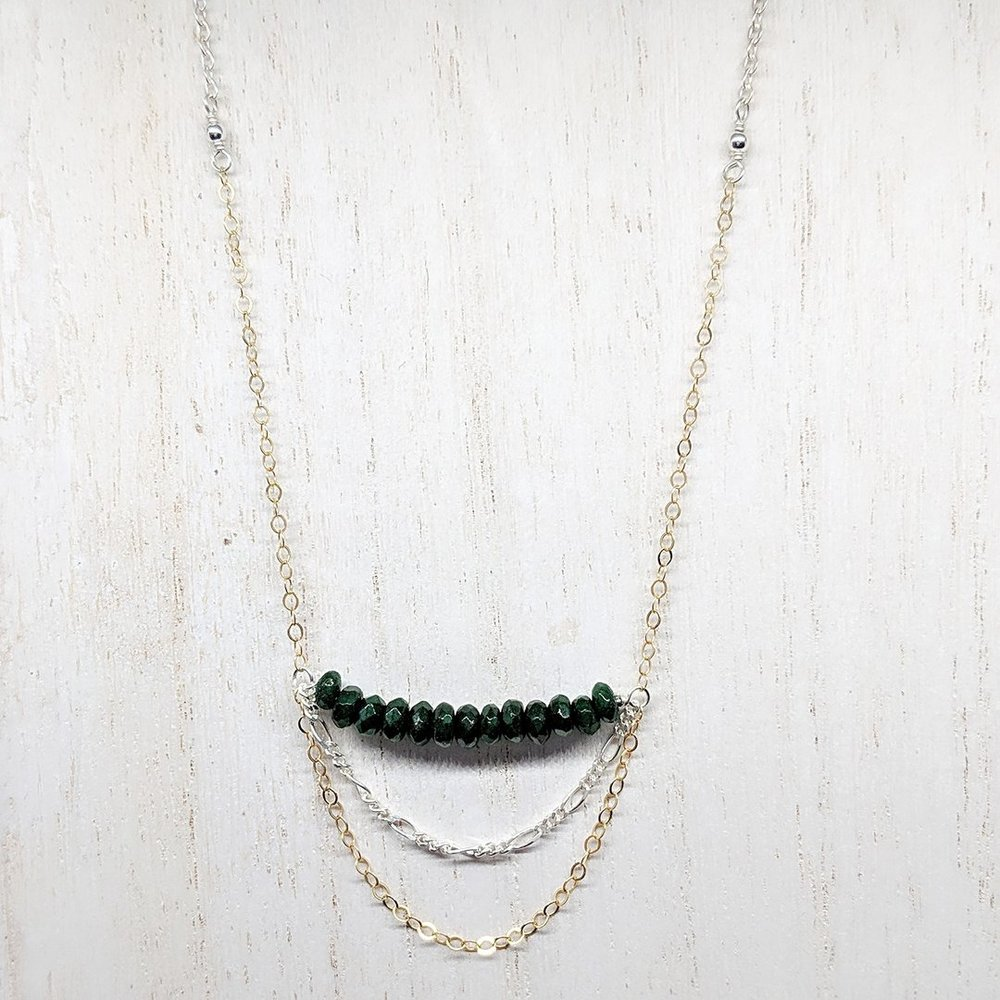 Perfect to create a layered necklace look