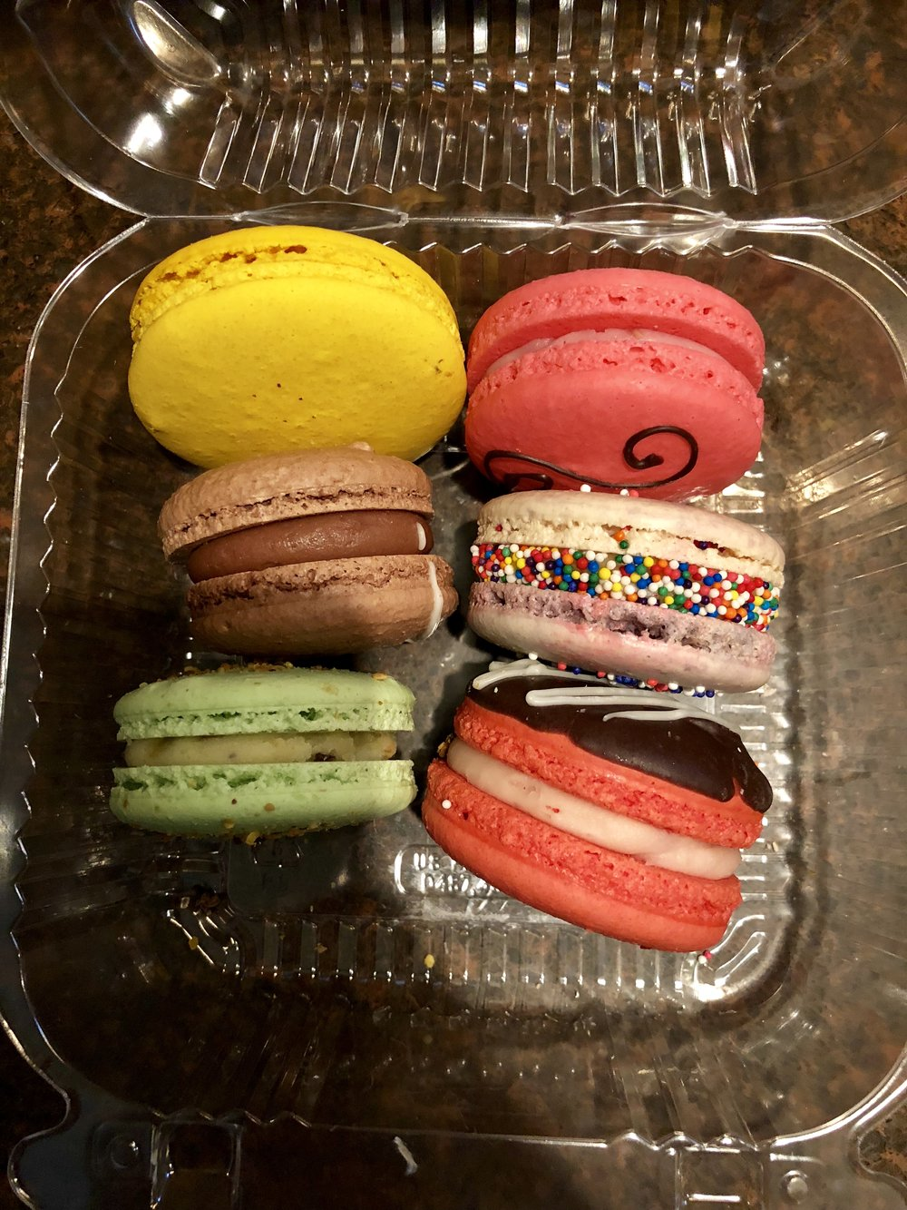 Macarons To Go