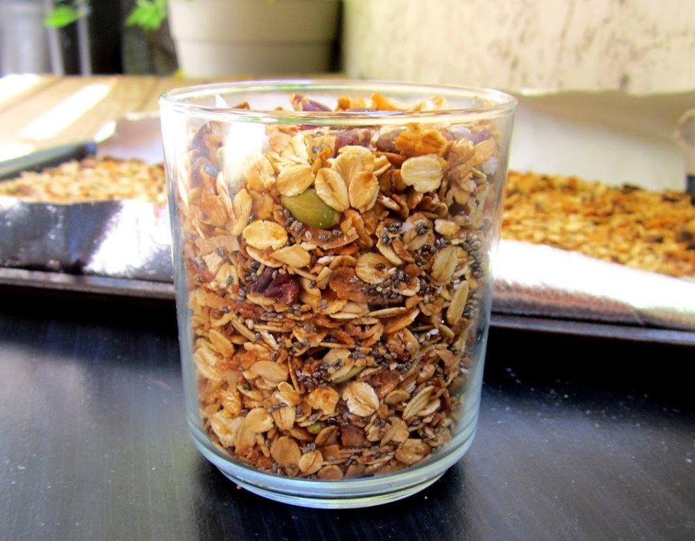 granola-easy-homemade.jpg