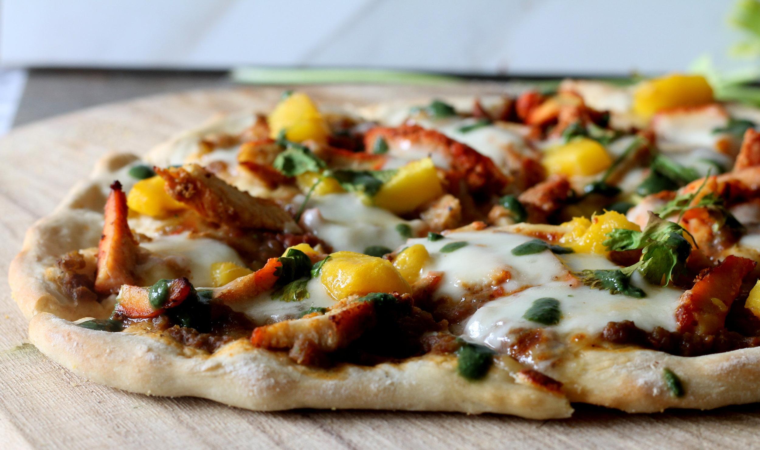 chickentandoorimangopizza2