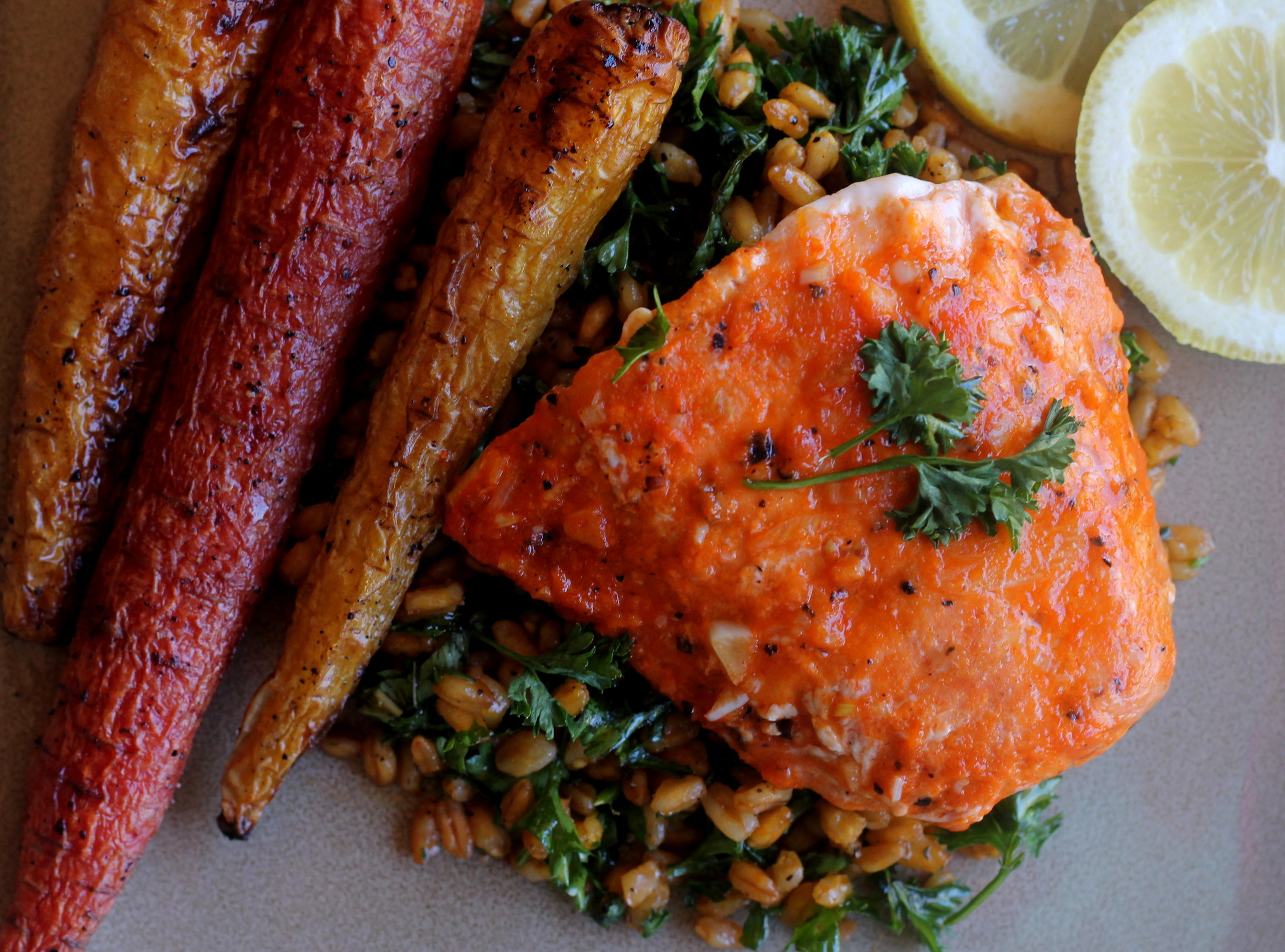 garlic sriracha salmon