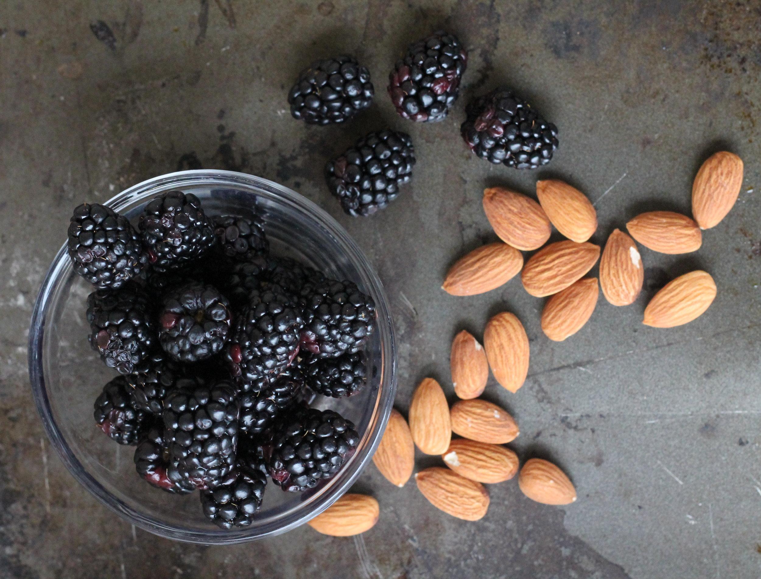 blackberry almond chia pudding6