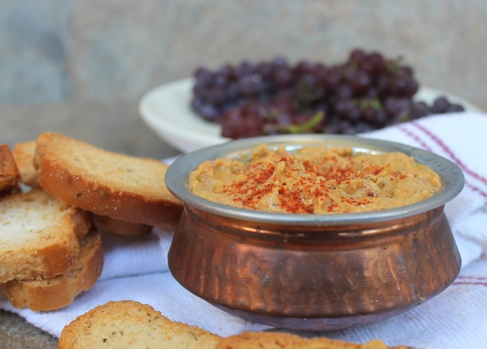 http://www.foodpleasureandhealth.com/2014/01/black-eyed-peas-hummus-or-dip.html