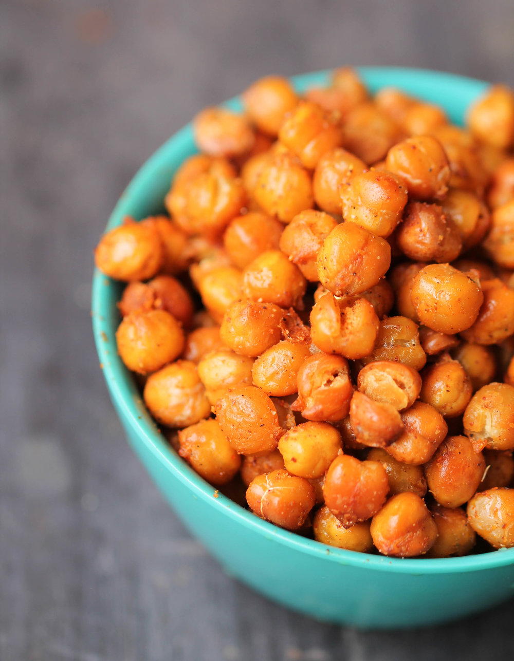 Tandoori Roasted Chickpeas make a crispy, delicious snack in 30 minutes! They are vegan, gluten-free, and very flexible with seasonings.