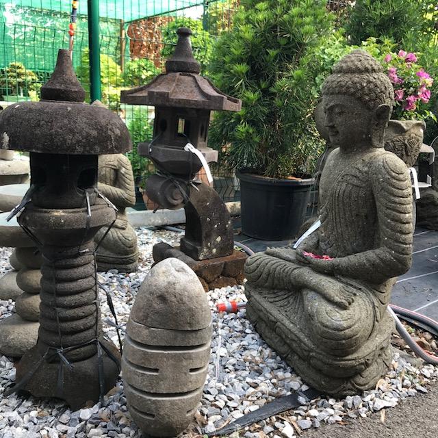 Traditional Japanese lamp, buddha statue
