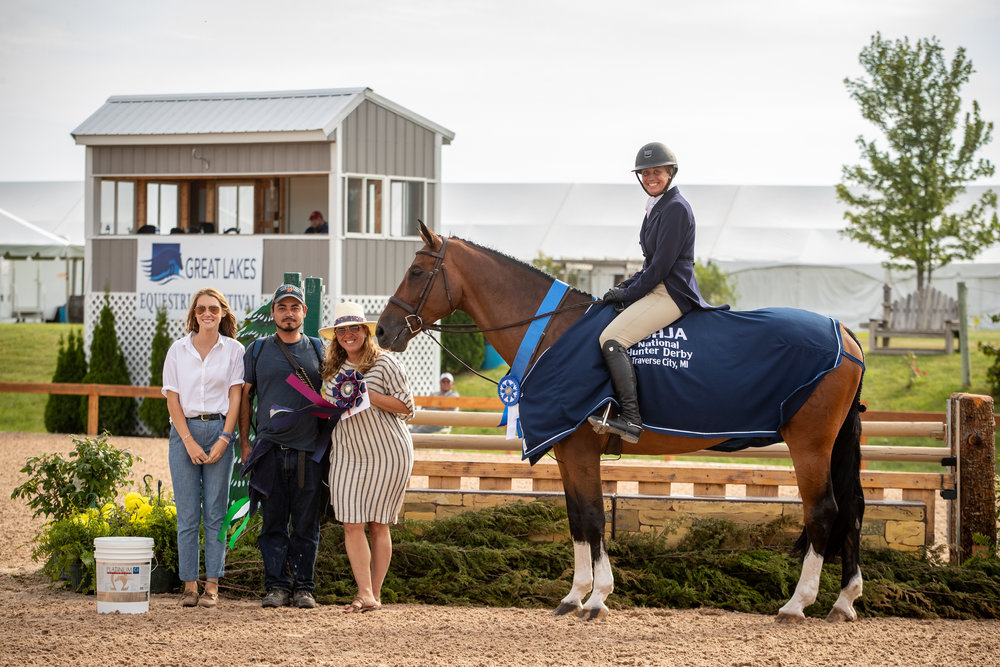 Caitlyn Shiels and Michelle Durpetti's Cassius WON the $5,000 USHJA National Hunter Derby!