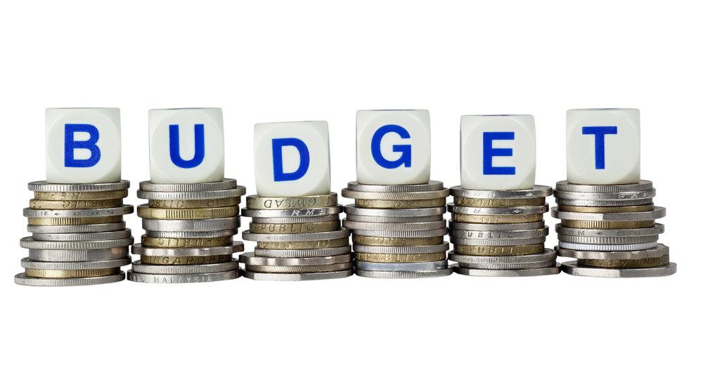 Budget-11456087.jpg