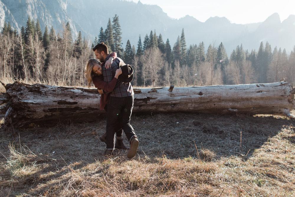 destination-intimate-wedding-adventure-elopment-pnw-california-colorado-rocky-mountain-photographer