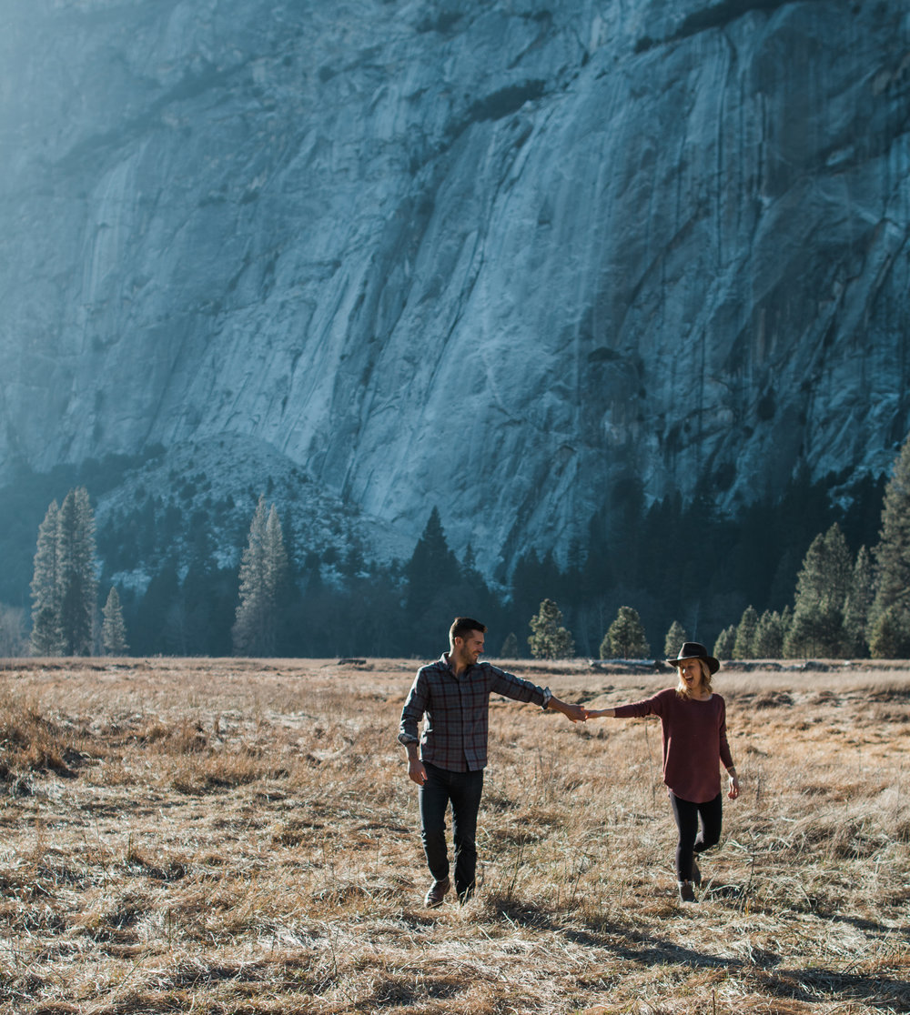 Yosemite national park adventure engagement session