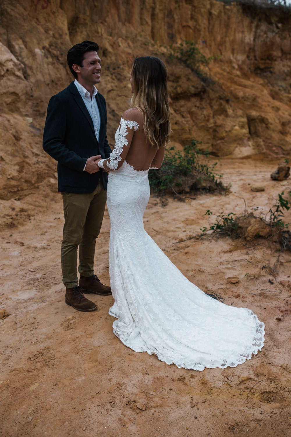 Vow exchange. Beautiful and romantic elopement in a mini canyon
