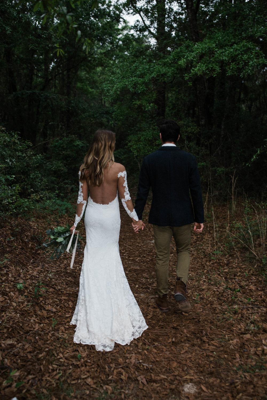 You wouldnt believe this desert inspired elopement was shot in florida