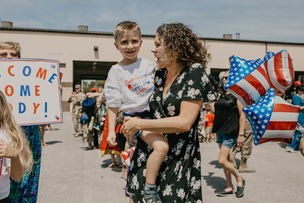 The most heart felt family reunion after a 7 month deployment// Military homecoming photographer