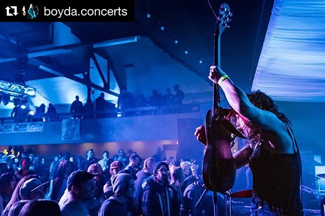 #Repost @boyda.concerts ・・・ @likeamotorcycle opening for @theflatliners what a great show from #itn2018