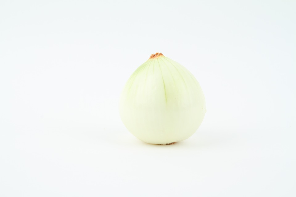 white onion.jpg