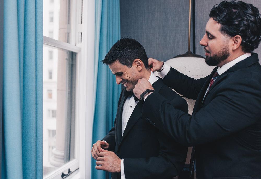 Groom Getting Ready Photos, Chicago Wedding, Kimpton Gray Hotel Wedding, Chicago Wedding Photographer