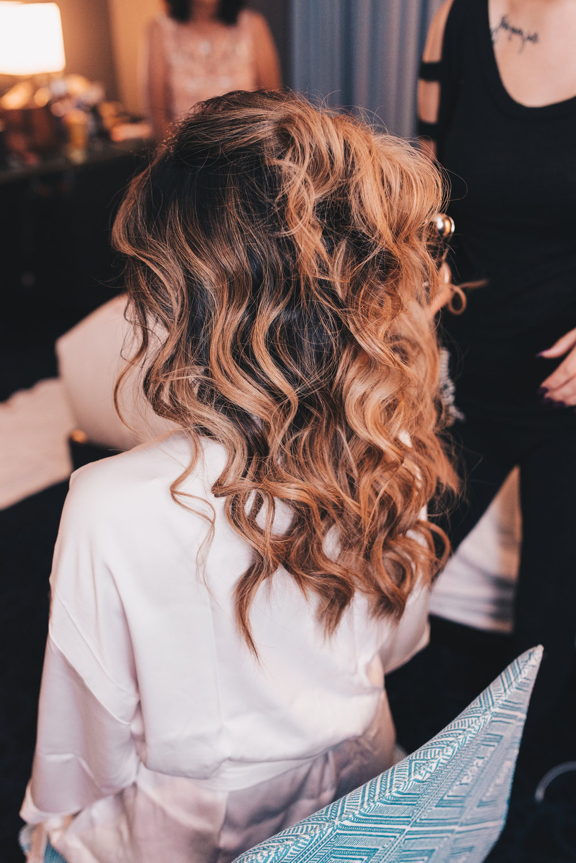 Wedding Hair Style, Bride Getting Ready Photos, Kimpton Gray Hotel Wedding, Chicago Wedding