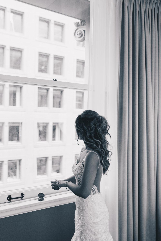 Bride Getting Ready Photos, Wedding Detail Photos, Kimpton Gray Hotel Wedding, Chicago Wedding