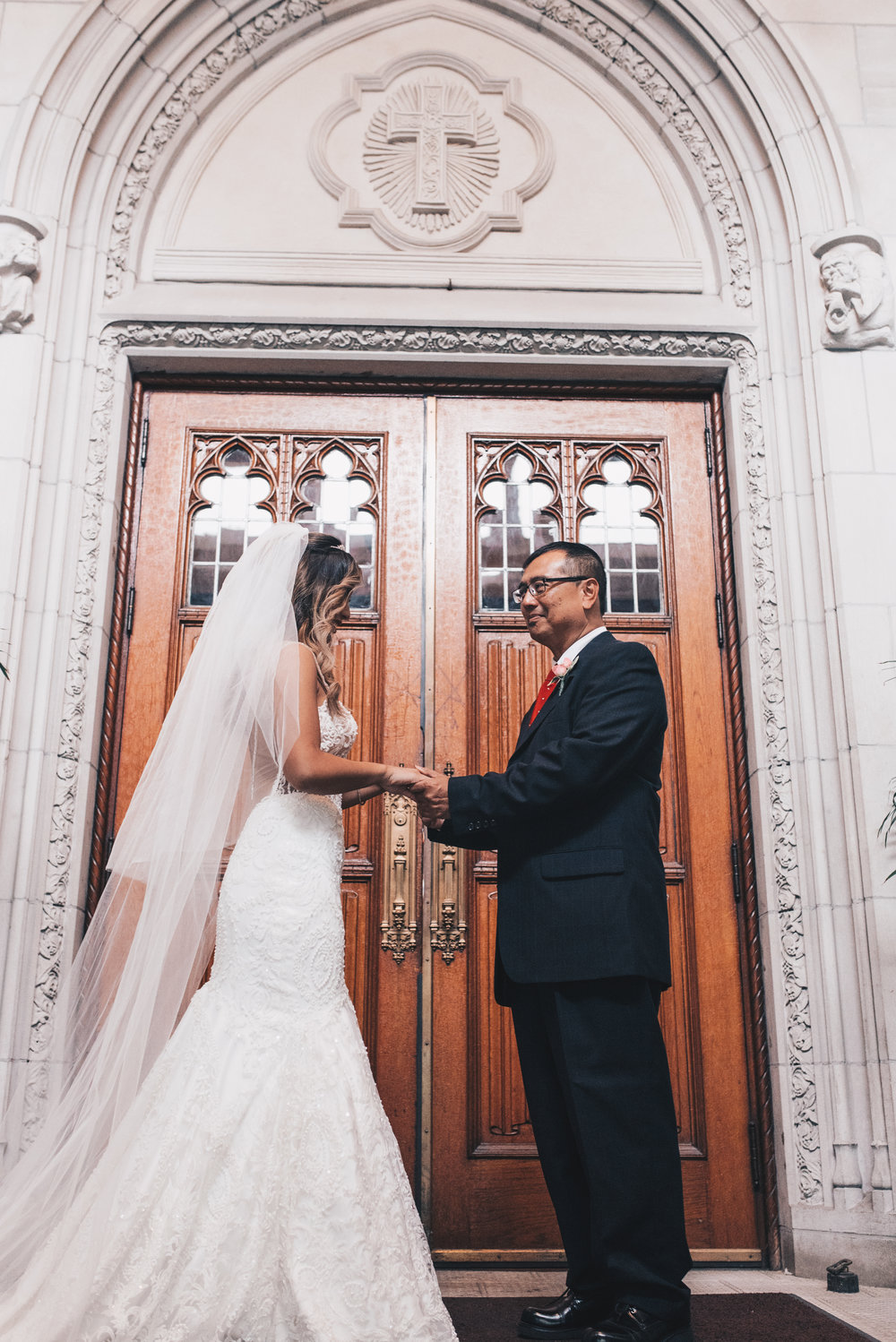 Chicago Bride and Groom Photos, Chicago Wedding, Chicago Wedding Photographer, Chicago Elopement Photographer, Father and Bride First Look