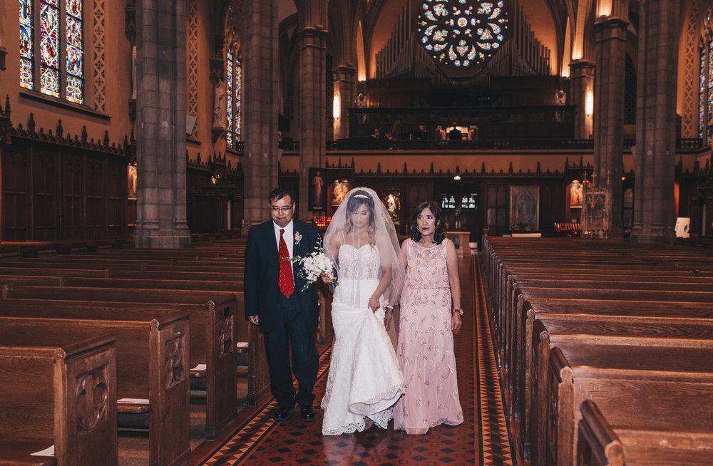 Chicago Bride and Groom Photos, Chicago Wedding, Chicago Wedding Photographer, Chicago Elopement Photographer, Bridal Wedding Photos