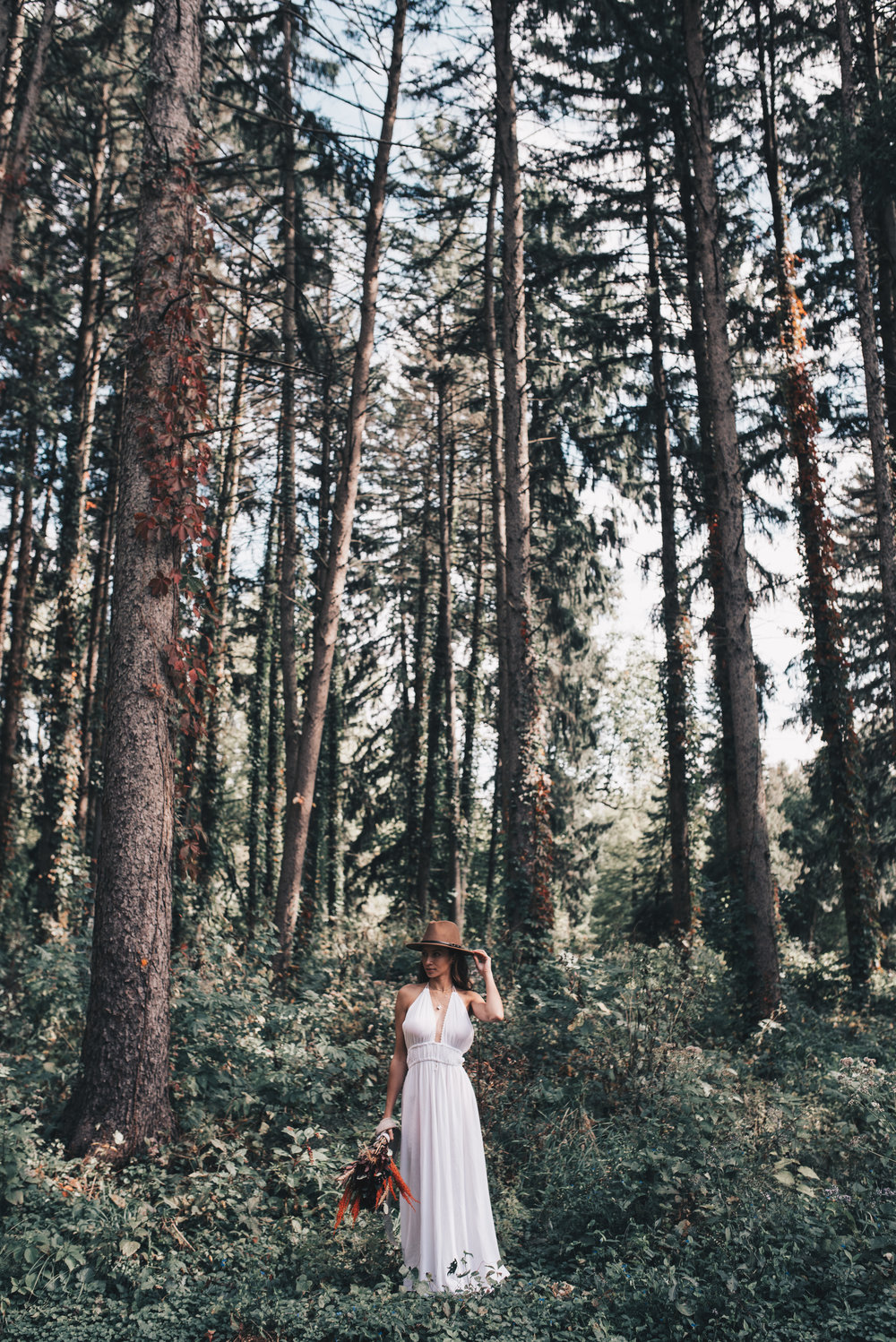 Adventurous Bride, Outdoor Elopement, Boho Bride