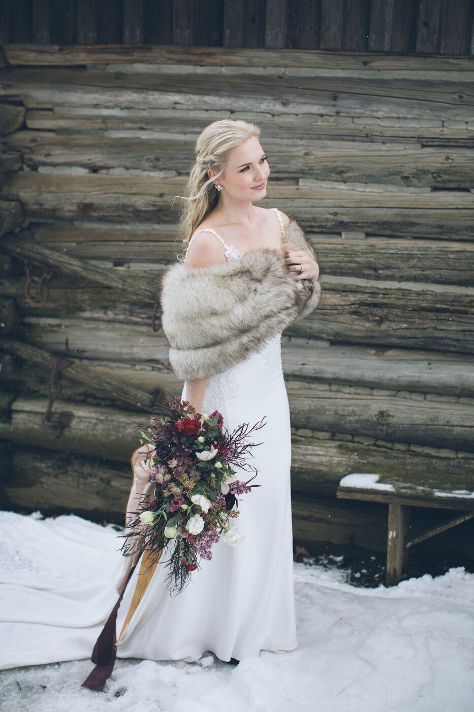 aniko-photography-mt-hood-bnb-wedding-23_preview.jpeg