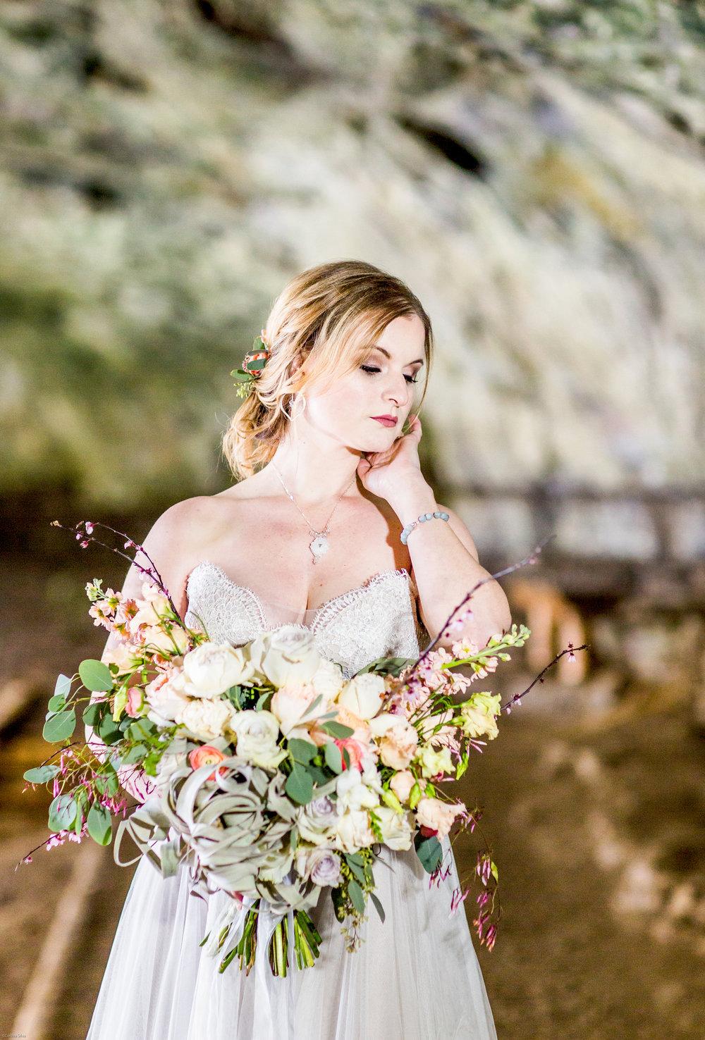 Silver Falls-elopement-bride-and-groom-photo Corina Silva Studios-17.jpg