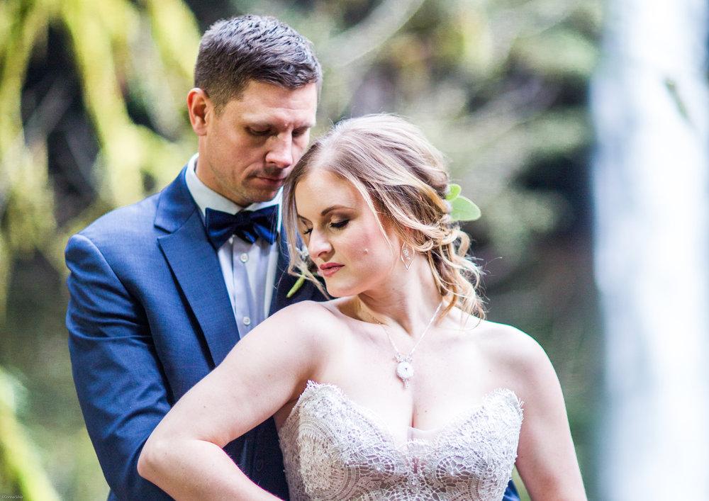Silver Falls-elopement-bride-and-groom-photo Corina Silva Studios-49.jpg