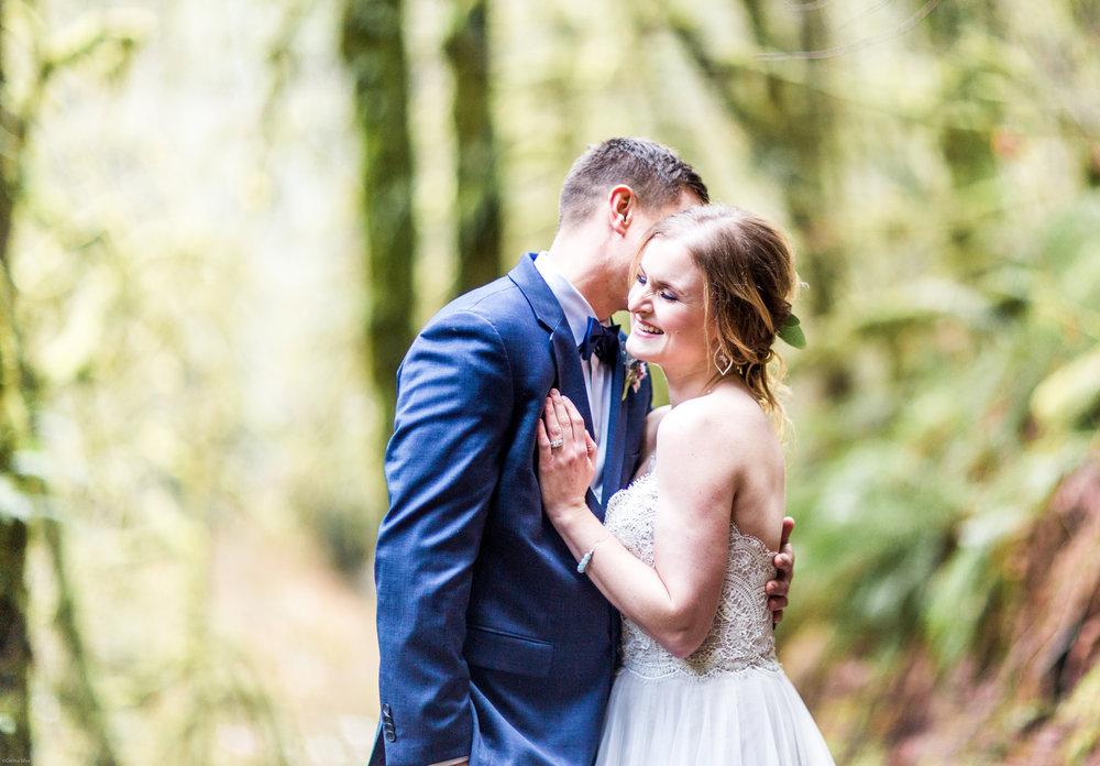 Silver Falls-elopement-bride-and-groom-photo Corina Silva Studios-122.jpg