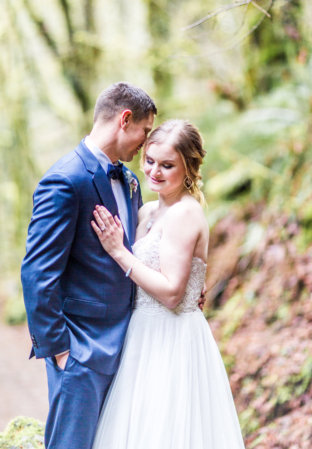 Silver Falls-elopement-bride-and-groom-photo Corina Silva Studios-127.jpg