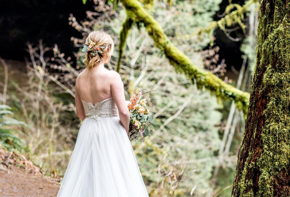 Silver Falls-elopement-bride-and-groom-photo Corina Silva Studios-144.jpg