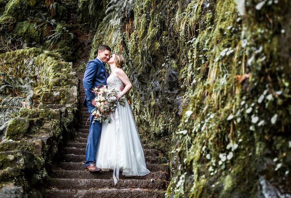 Silver Falls-elopement-bride-and-groom-photo Corina Silva Studios-175.jpg