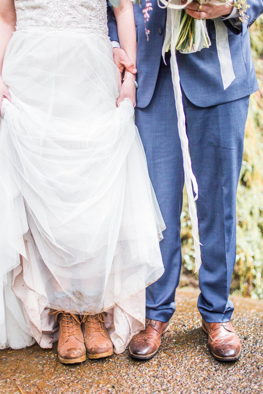 Silver Falls-elopement-bride-and-groom-photo Corina Silva Studios-213.jpg