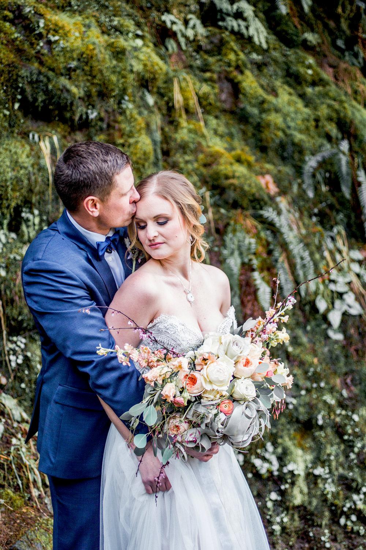 Silver Falls-elopement-bride-and-groom-photo Corina Silva Studios-226.jpg