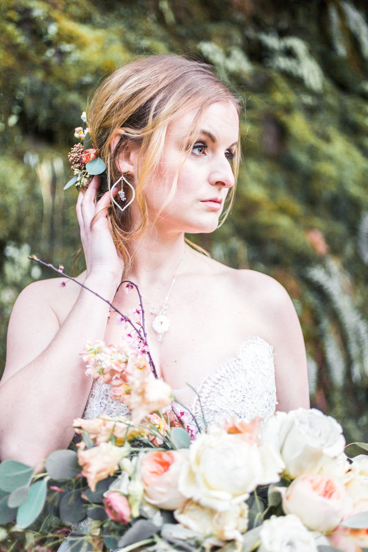 Silver Falls-elopement-bride-and-groom-photo Corina Silva Studios-245.jpg
