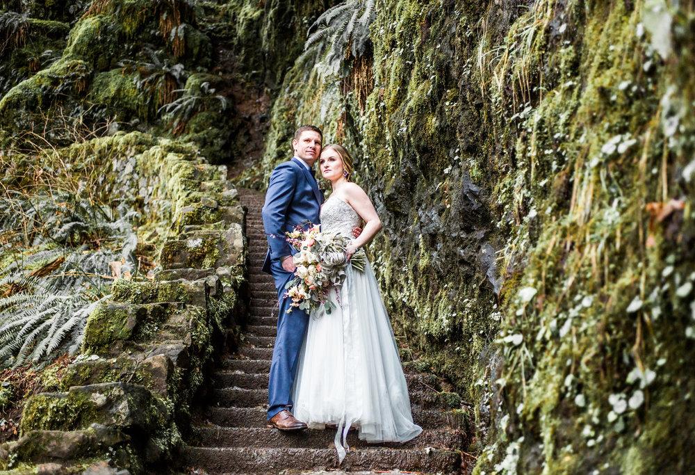 Silver Falls-elopement-bride-and-groom-photo Corina Silva Studios-177.jpg