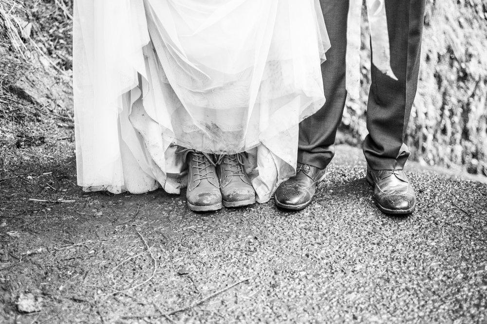 Silver Falls-elopement-bride-and-groom-photo Corina Silva Studios-212.jpg