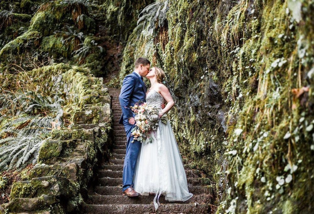 Silver Falls-elopement-bride-and-groom-photo Corina Silva Studios-178.jpg