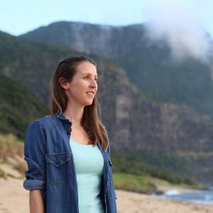 Dr. Jennifer Lavers