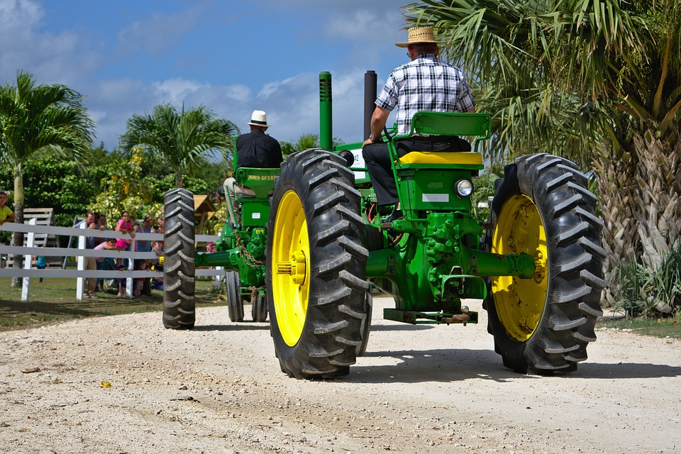 antique-farm-equipment-3240972_960_720.jpg