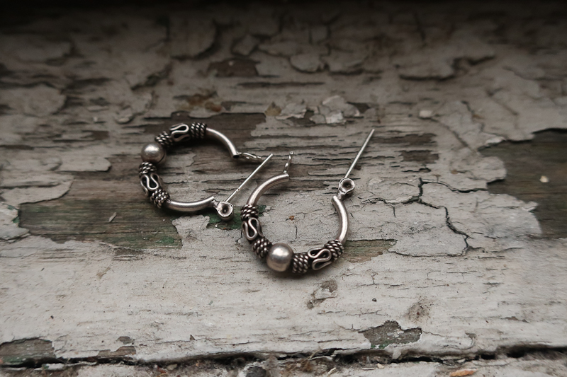 Mackow_EARRINGS-3655.jpg
